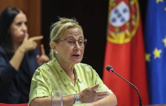 Covid-19: Graça Freitas destaca dois grupos para poderem receber terceira dose