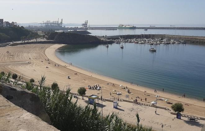 Praia Vasco da Gama em Sines volta a ter nadadores salvadores