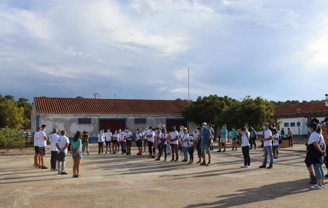 População limpou as margens da  Lagoa de Santo André